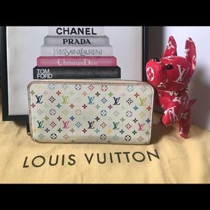 White Multicolor Mongram Zippy Wallet 11LE0109